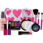 makeup kit for little girls. cutegirl cosmetics pretend play makeup kit. designer girls hearts essential bag set kit for little